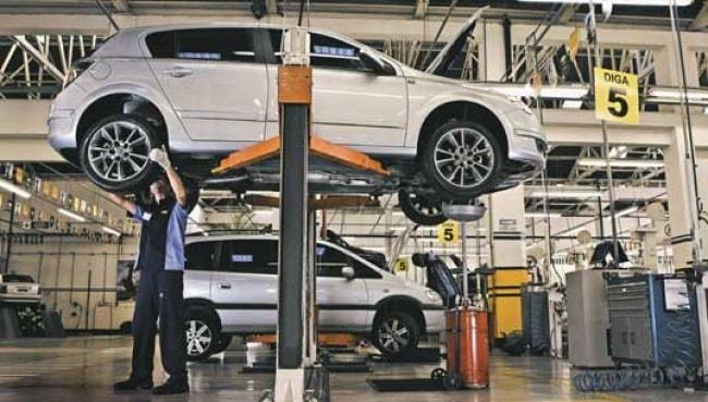 Nova lei obriga montadora a fornecer carro reserva em caso de falta de peças