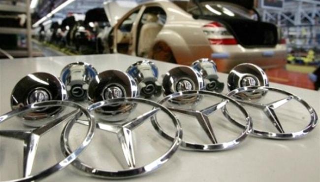 Fábrica da Mercedes começa a ser erguida
