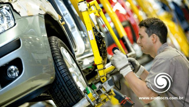 Mais de 10 mil funcionários estão parados no setor automotivo brasileiro