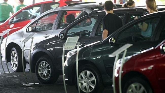Produção de veículos no Brasil cai 19,1%, diz Anfavea