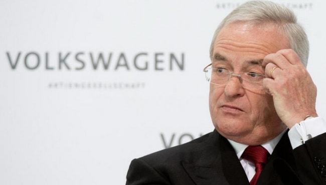 Presidente da Volkswagen renuncia após escândalo de fraude de emissões