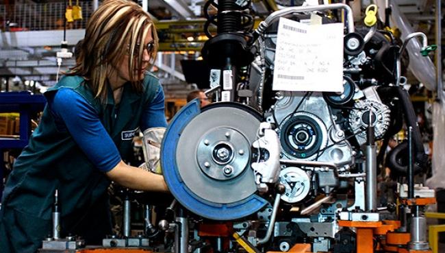 Produção de veículos: de volta para 2004