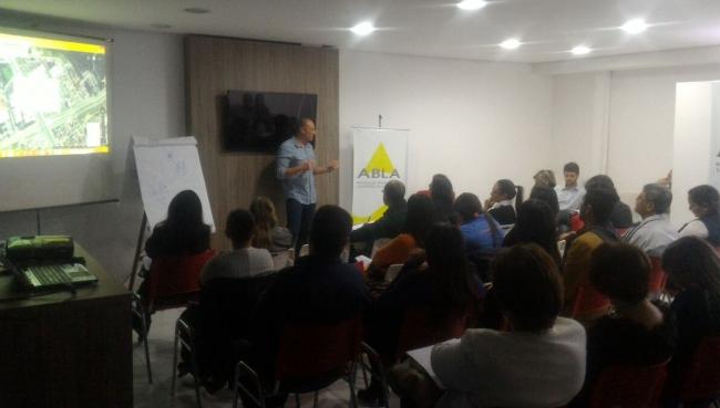 Curso de Gestão de Multas reúne colaboradores do Sindicato
