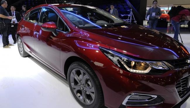 Chevrolet  apresenta novo Cruze no Salão do Automóvel