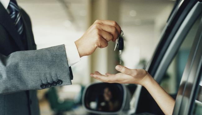 Abril tem a maior média diária de vendas de carros do ano